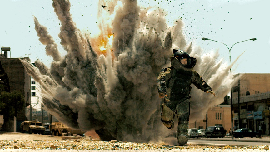 "FILE - In this film publicity file image released by Summit Entertainment, Jeremy Renner is shown in a scene from, ""The Hurt Locker.""  (AP Photo/Summit Entertainment)"