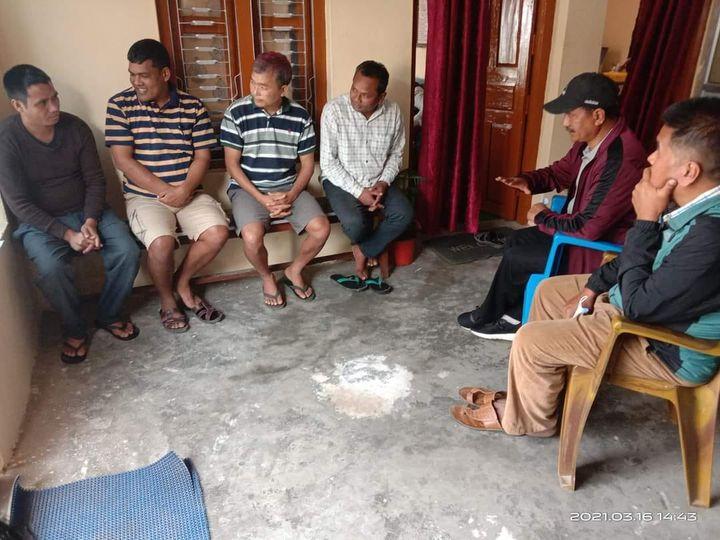 महासचिव विप्लवले तौलिहवा कारागारका बन्दीहरूलाई भेटे