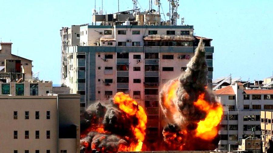 इजरायली आक्रमणमा कयौँ प्यालेस्टिनीको मृत्यु, अल जजिरा र एपीका कार्यालयसमेत ध्वस्त