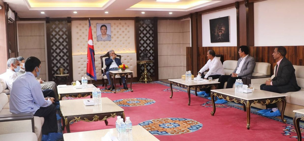 महासचिव विप्लव र प्रधानमन्त्री देउवाबीच भेटवार्ता, सहमति कार्यान्वयनमा देउवा सकारात्मक