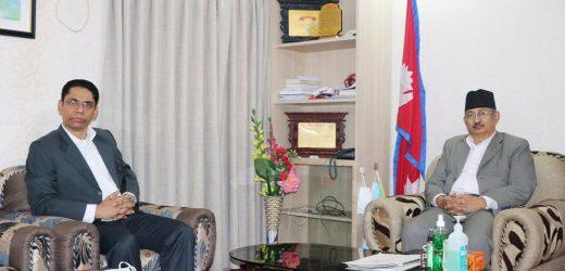 नेकपाका प्रवक्ता प्रकाण्ड र गृहमन्त्री खाँडबीच तीन बुँदे सहमति कार्यान्वयनको विषयमा छलफल